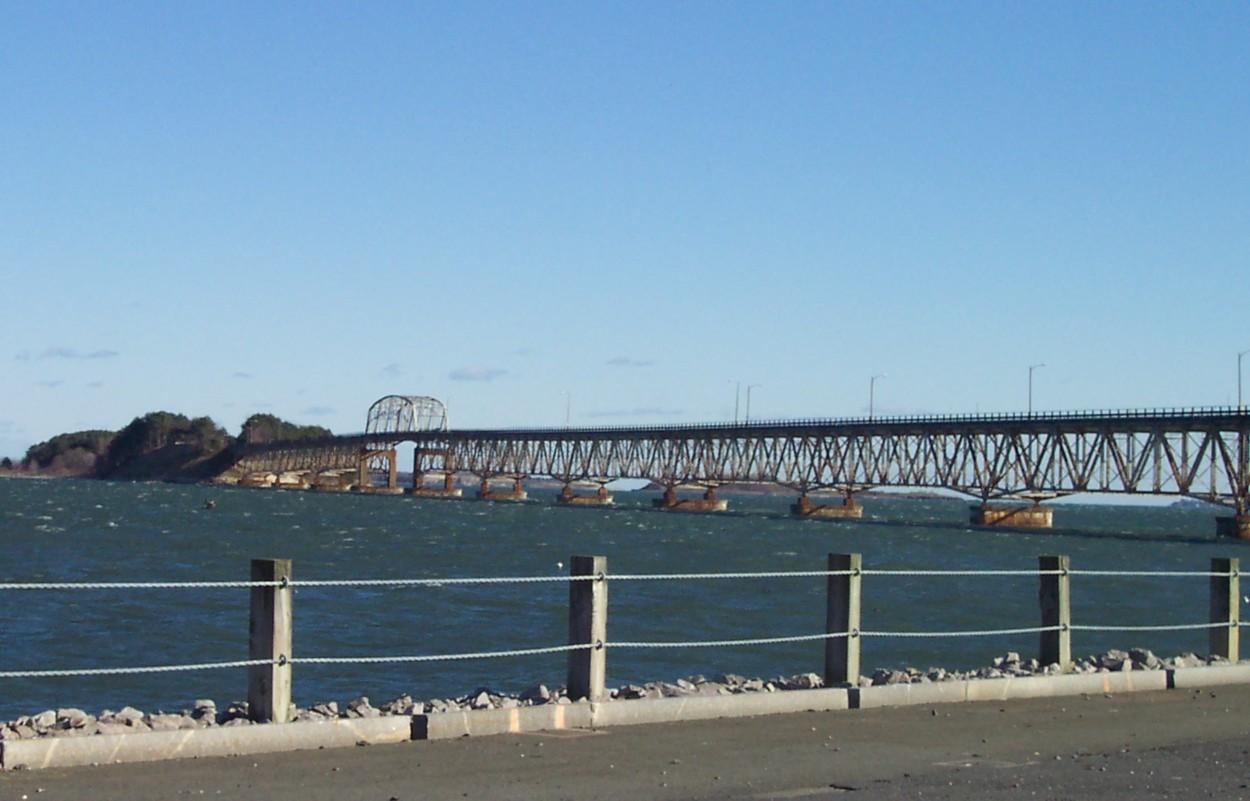 Long_Island_Bridge